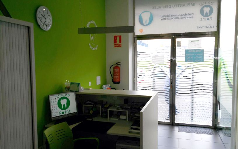 Carilla Porcelana, dentista asturias, clinica dental point aviles